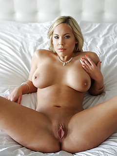 Hot Mature Women Porn 109